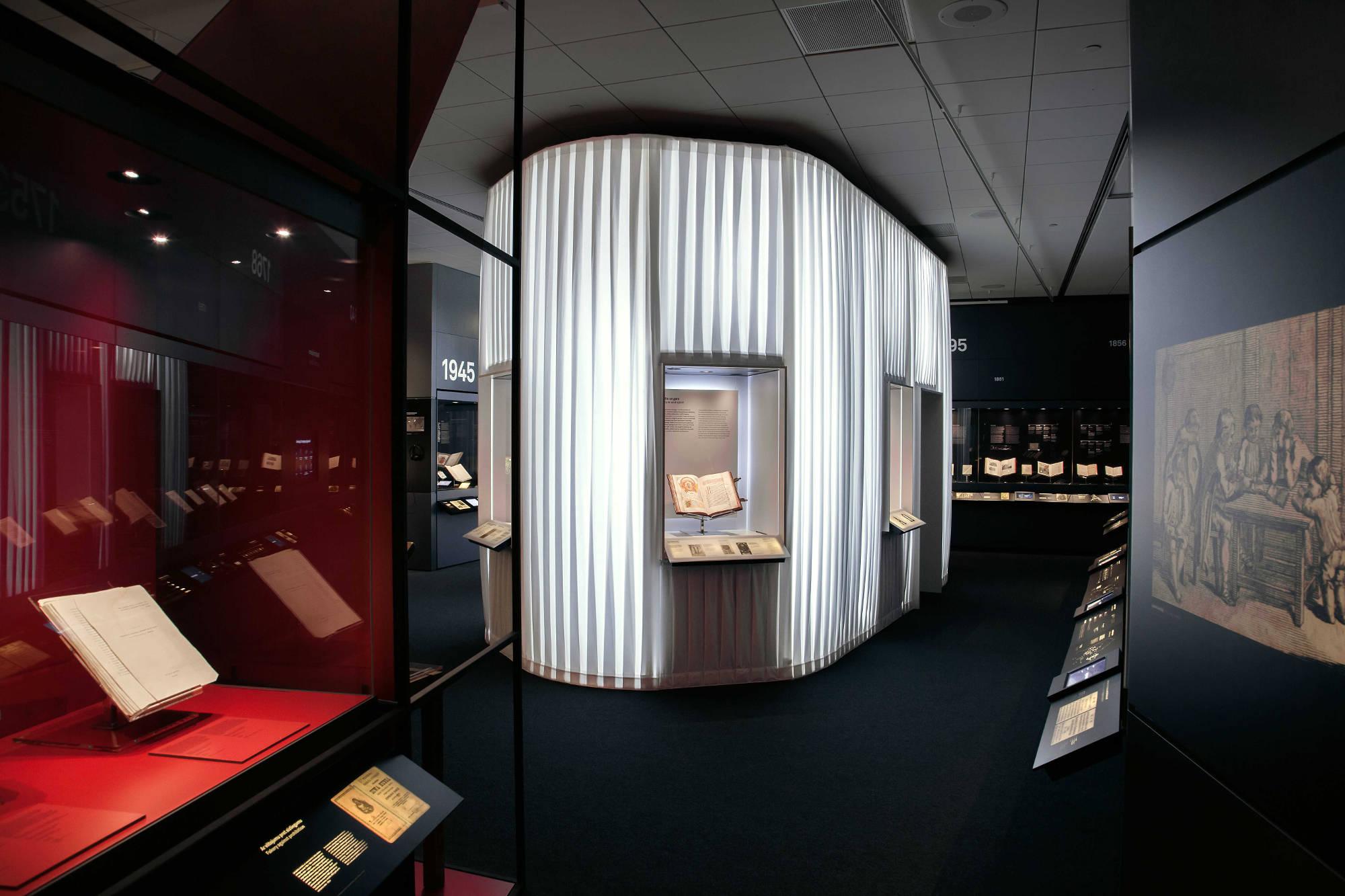GAISS-arhitekti-Book-Museum (12) Photo Davis Dorss-web2